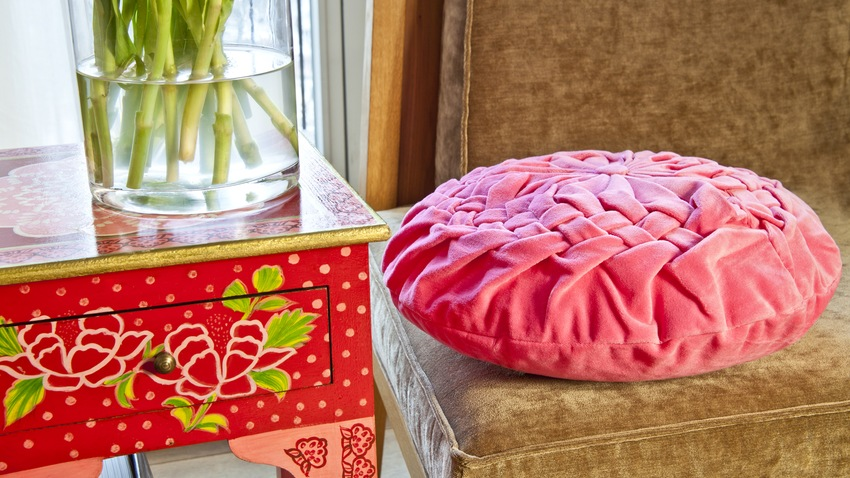 růžové sedací polštáře