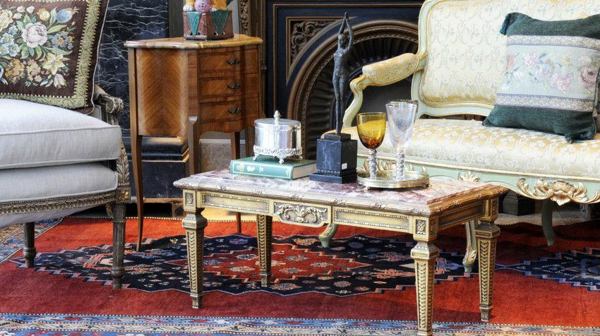 Orientální nábytek