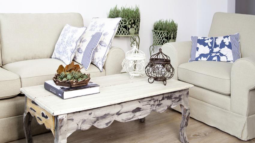 shabby chic nábytek - konferenční stolek