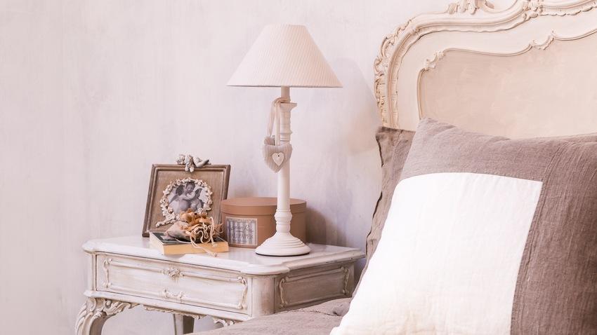 shabby chic nábytek - postel