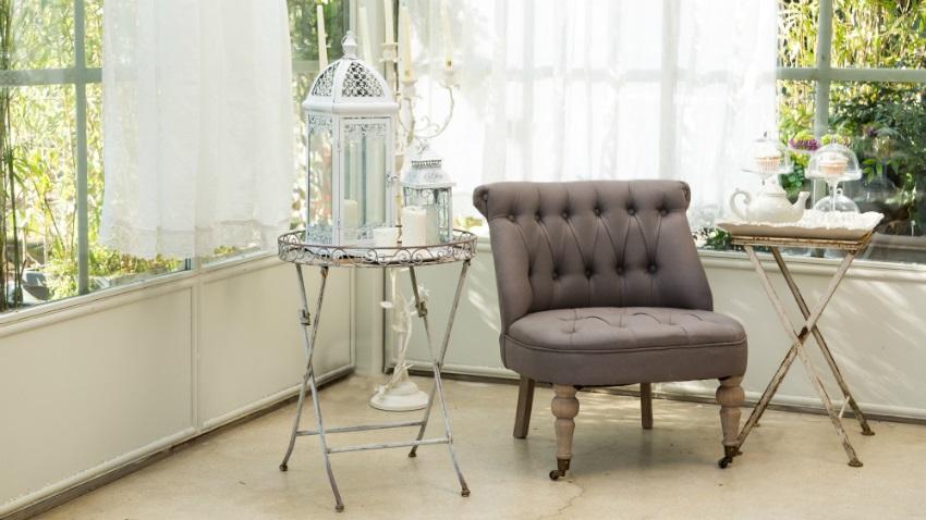 shabby chic nábytek v zimní zahradě