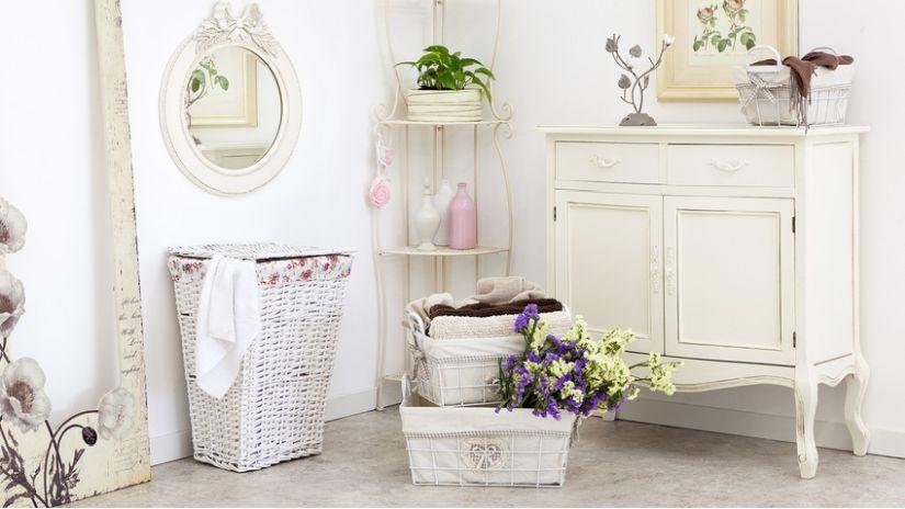 vintage koupelnový nábytek