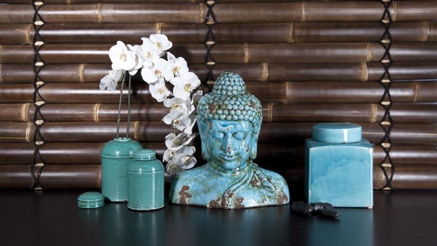 soška Buddhy v koupelně