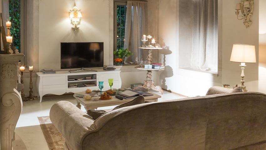 Moderní záclony v obývacím pokoji