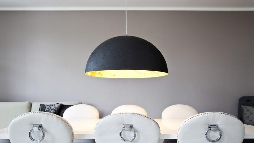 černé světlo do jídelny