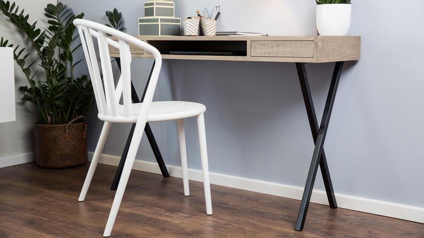 moderní bílá kancelářská židle