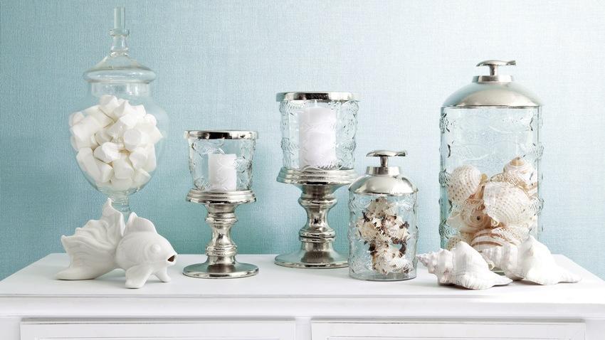 skleněné dekorace - sklenice a svícny