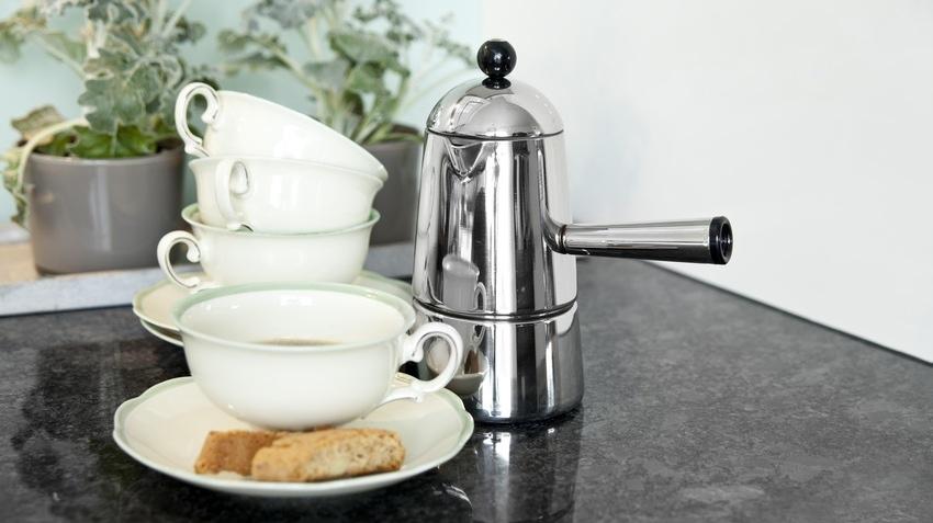ohřívač na kávu
