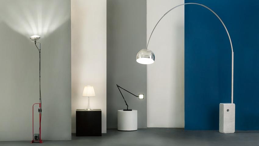 Kovová oblouková lampa