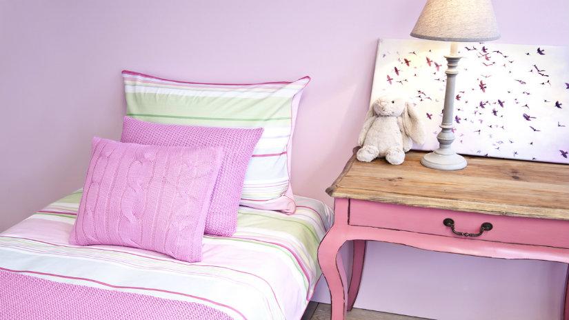 růžový dívčí pokoj