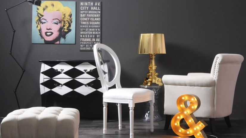 extravagantní bílá židle