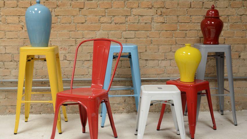 modrá barová židle