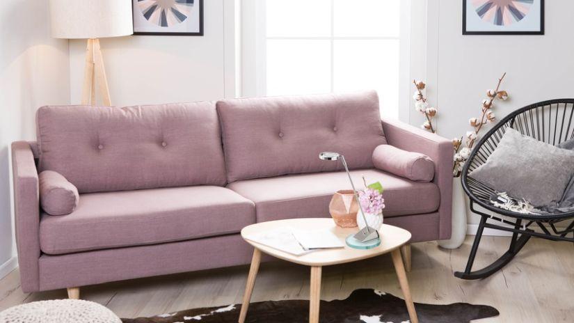 retro styl - růžová pohovka