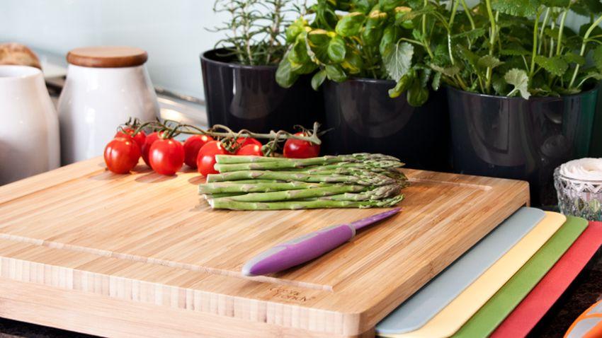 dřevěné prkénko do kuchyně