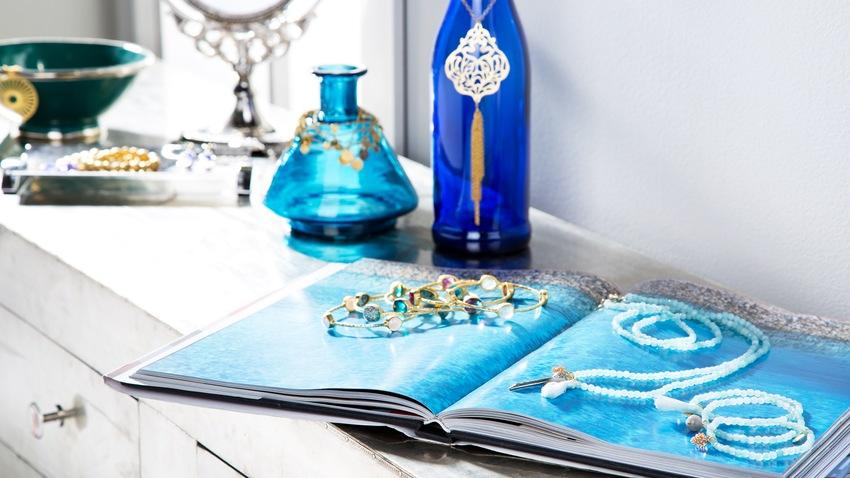orientální modrá váza