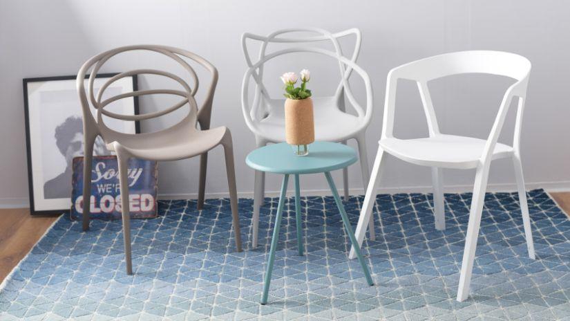 retro plastová stolička