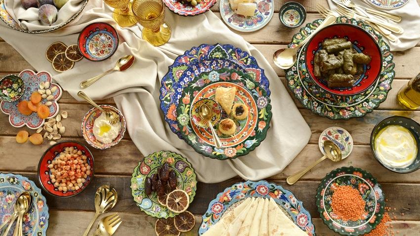 zelené keramické talíře