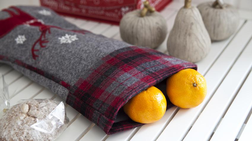 kostkovaná vánoční ponožka