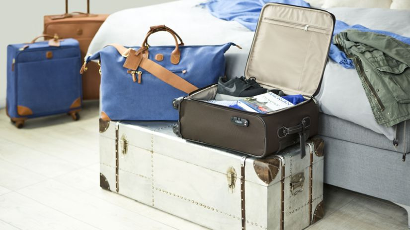 modrá sada kufrů