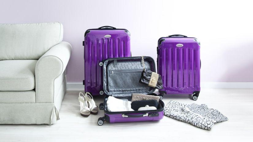 příruční cestovní kufr