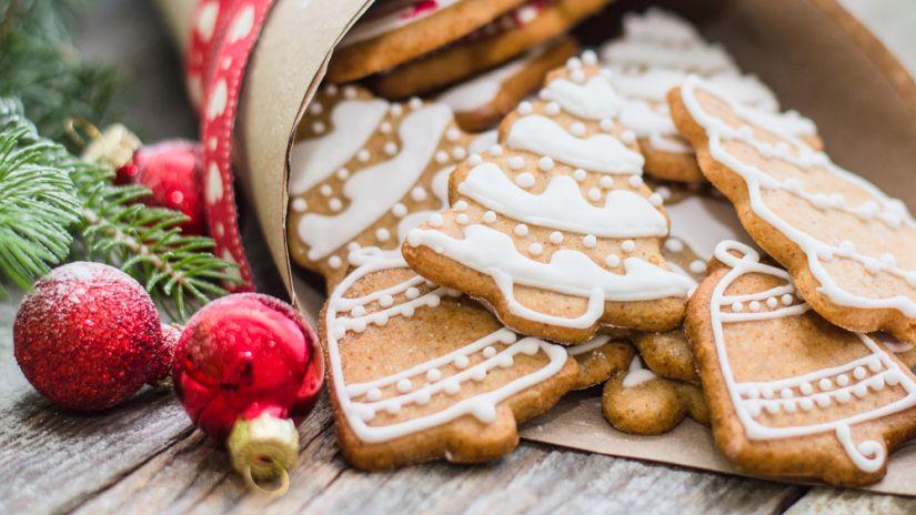 Weihnachtskekse mit Zuckerguss