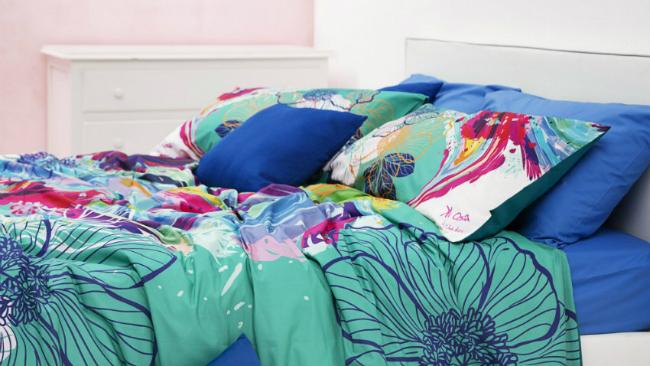 Schlafzimmer gestalten mit bunten Farben