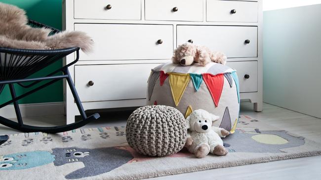 Babyzimmer einrichten mit Poufs
