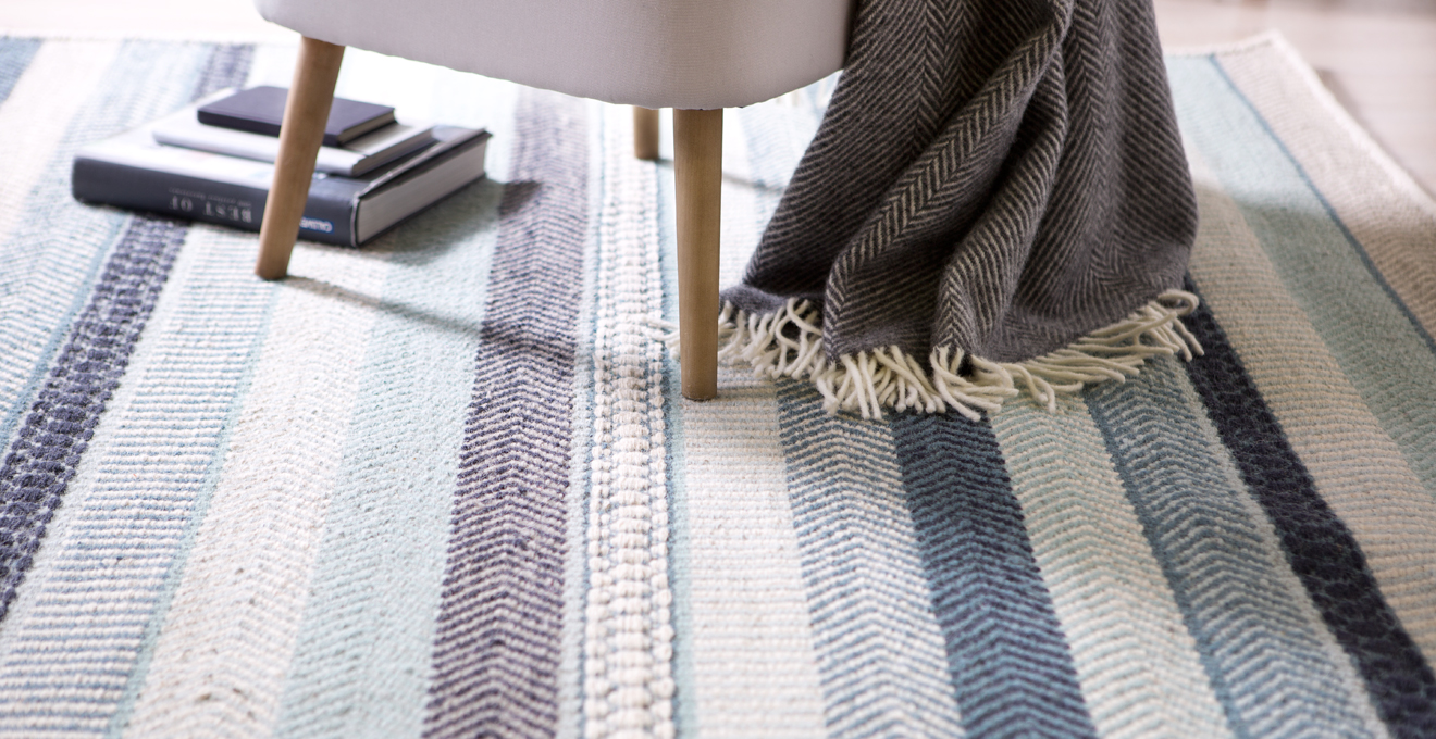 teppich selber reinigen tipps ideen rabatte westwing. Black Bedroom Furniture Sets. Home Design Ideas