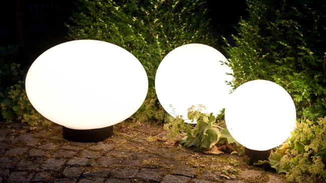 Vorgartengestaltung mit Lichtern