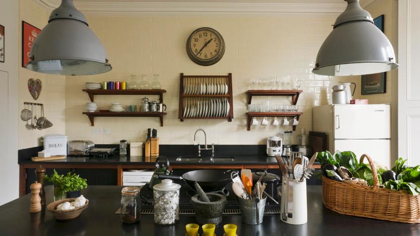 k chenuhren modern top rabatte bis zu 70 westwing. Black Bedroom Furniture Sets. Home Design Ideas
