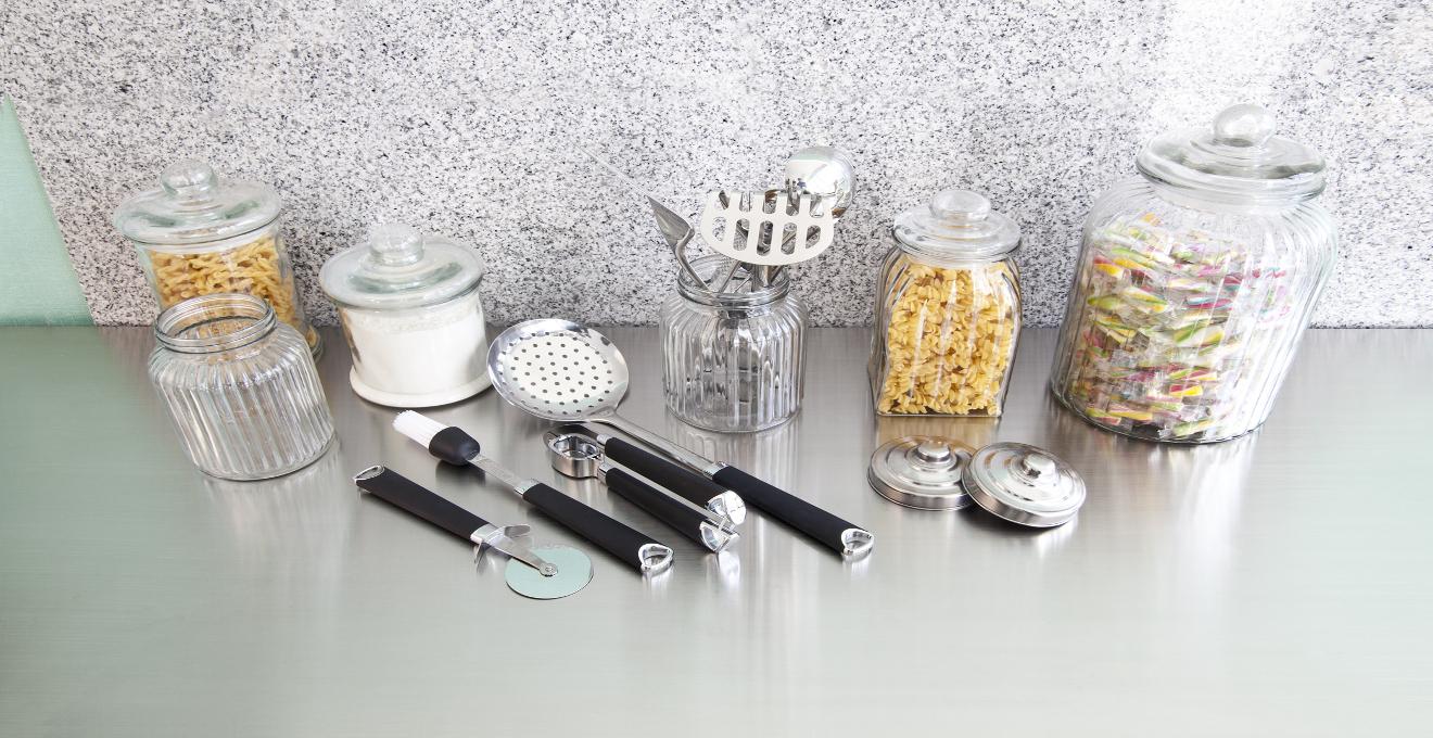 Tarros de cristal y otros envases para su cocina westwing - Botes almacenaje cocina ...
