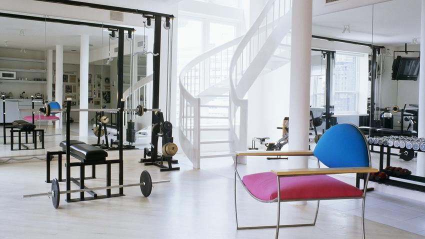 Gimnasio en casa c mo montar tu propio gym westwing - Casa con gimnasio ...