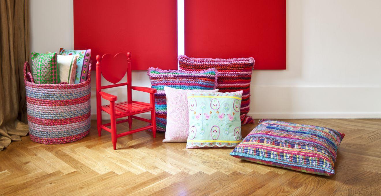 Cojines para sillas comodidad y estilo westwing - Como colocar cojines en la cama ...