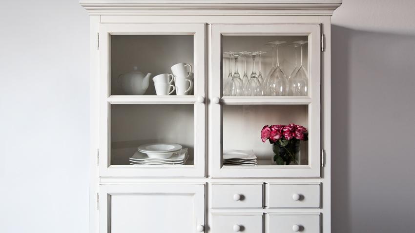 Alacenas de madera abiertas o con puertas westwing - Alacenas de madera para cocina ...