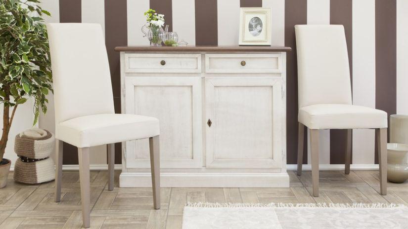 Housse de chaise de couleur blanche