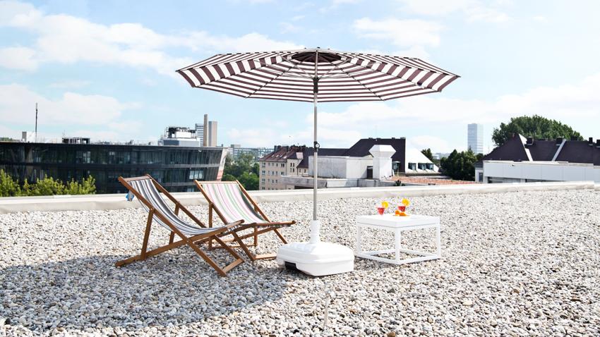 pied de parasol assurez vous un peu d 39 ombre westwing. Black Bedroom Furniture Sets. Home Design Ideas