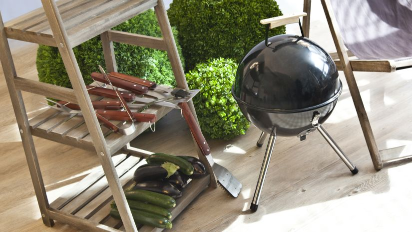 barbecue suspendu, grill, brasero