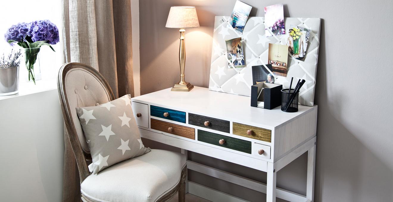 tableau d affichage pour ne rien oublier westwing. Black Bedroom Furniture Sets. Home Design Ideas