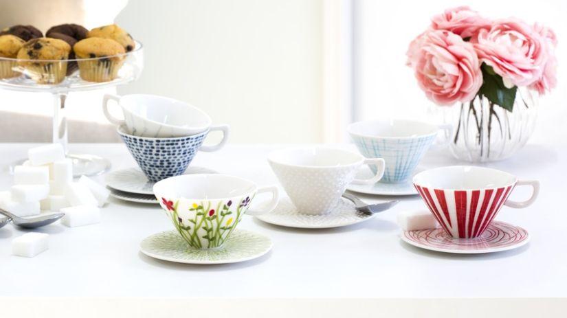 Tasses en porcelaine de forme originale