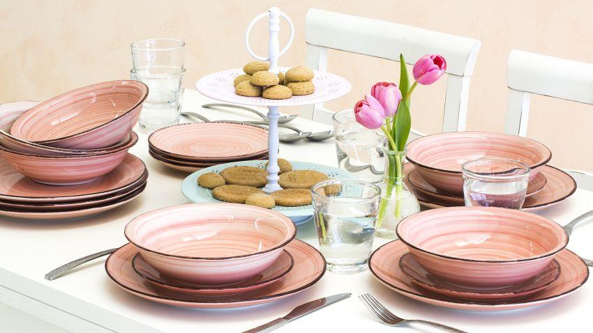 assiette rose i westwing ventes priv es 100 d co. Black Bedroom Furniture Sets. Home Design Ideas