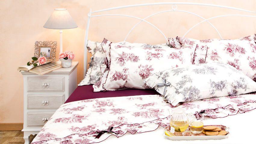 housse de couette aubergine westwing. Black Bedroom Furniture Sets. Home Design Ideas