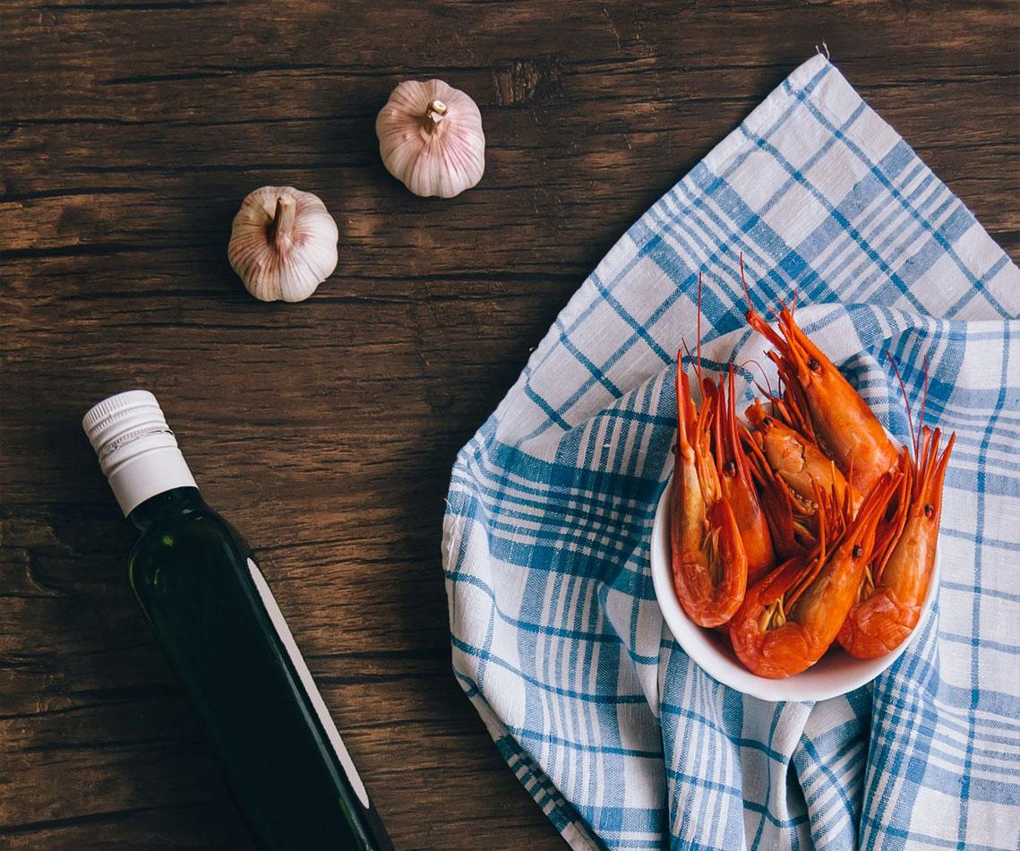 Crevettes marinées ail et romarin