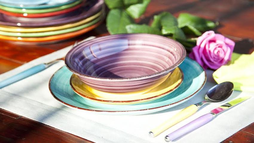 Assiette violette