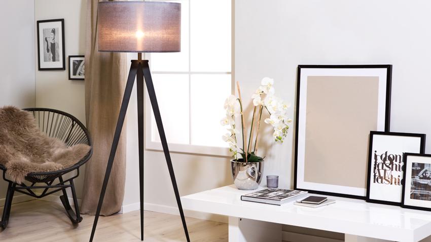 lampadaire trepied ventes priv es westwing. Black Bedroom Furniture Sets. Home Design Ideas