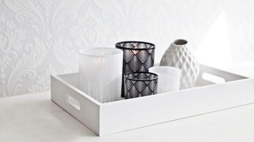 Photophore design en verre noir et blanc