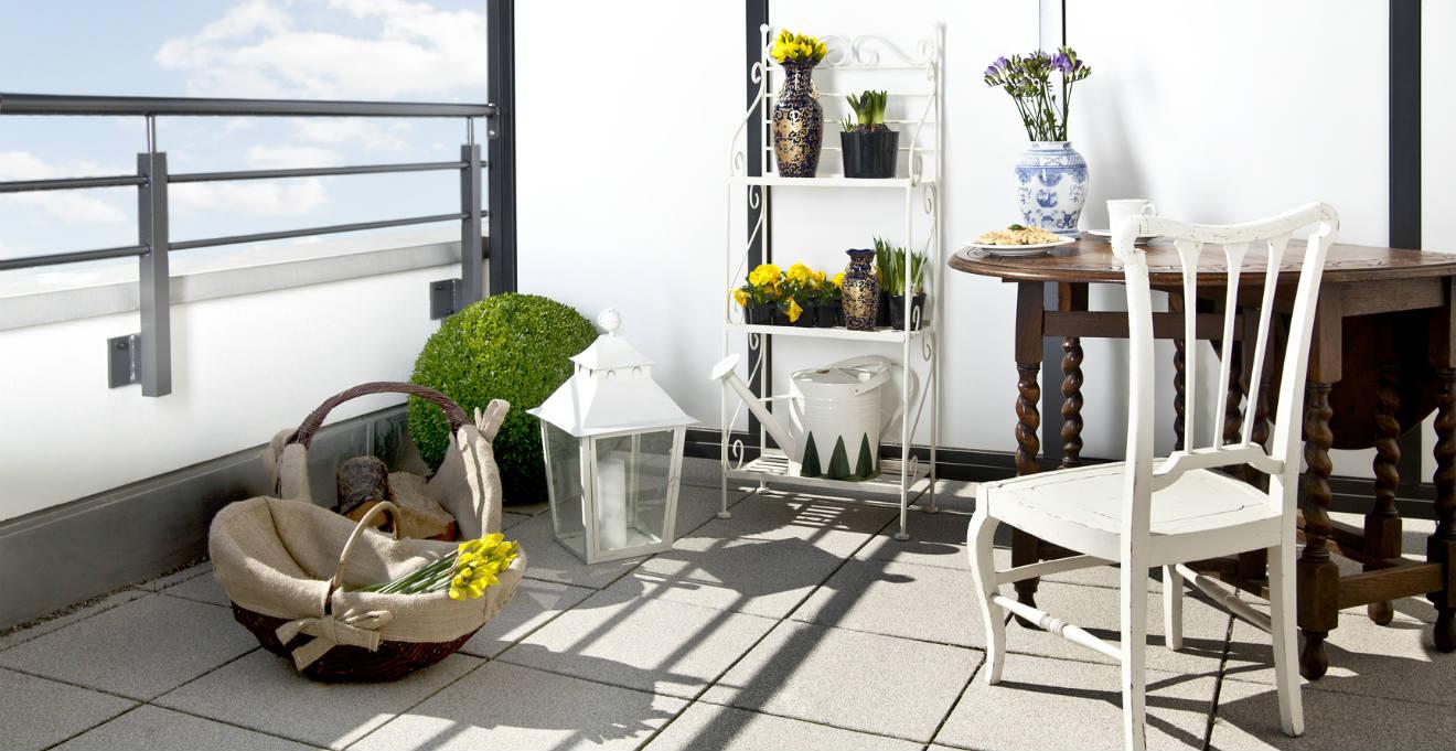 Balconi: mobili e decorazioni per un salotto all\'aria aperta ...