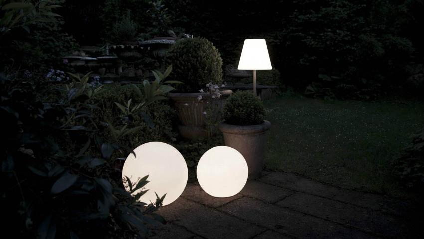 Plafoniere Moderne Da Esterno : Lampade da esterno: per dolci serate allaperto dalani e ora westwing