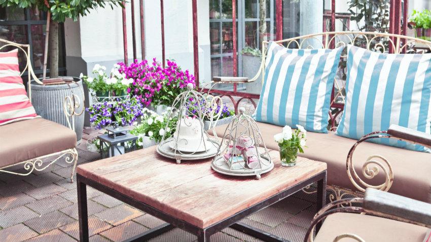 WESTWING | Tavoli in ferro battuto: bellezza elegante