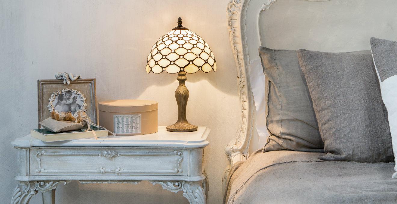 Plafoniere Stile Tiffany : Lampada tiffany colorati giochi di luce dalani e ora westwing