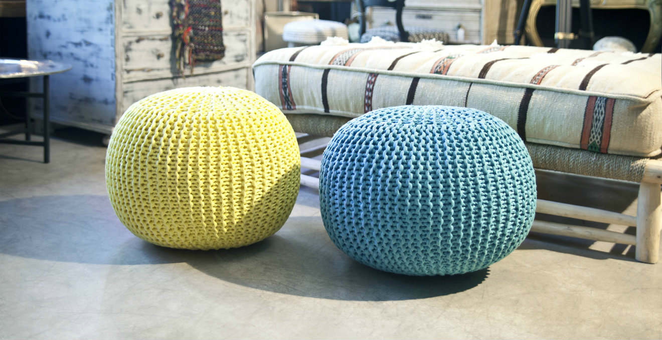 WESTWING |Pouf colorati: allegria e comfort nella zona living ...